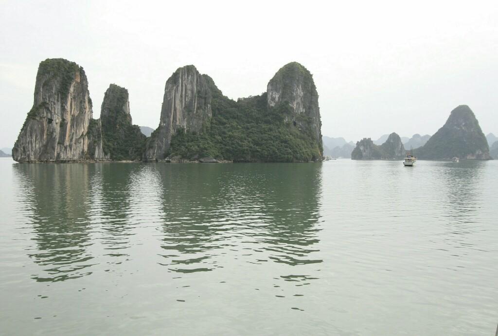 Felsen in der Ha Long Bucht