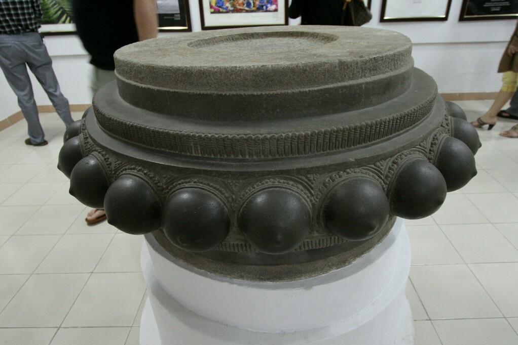 Cham-Museum: Brüste