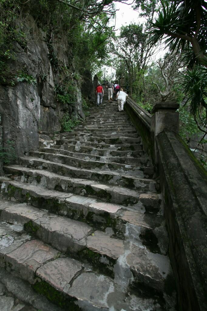Treppe am Thuy Son, Da Nang