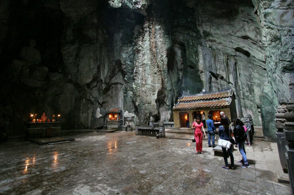 Höhle mit Tempel, Thuy Son, Da Nang