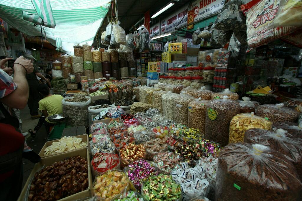 Snacks, Cho Binh Tay Markt